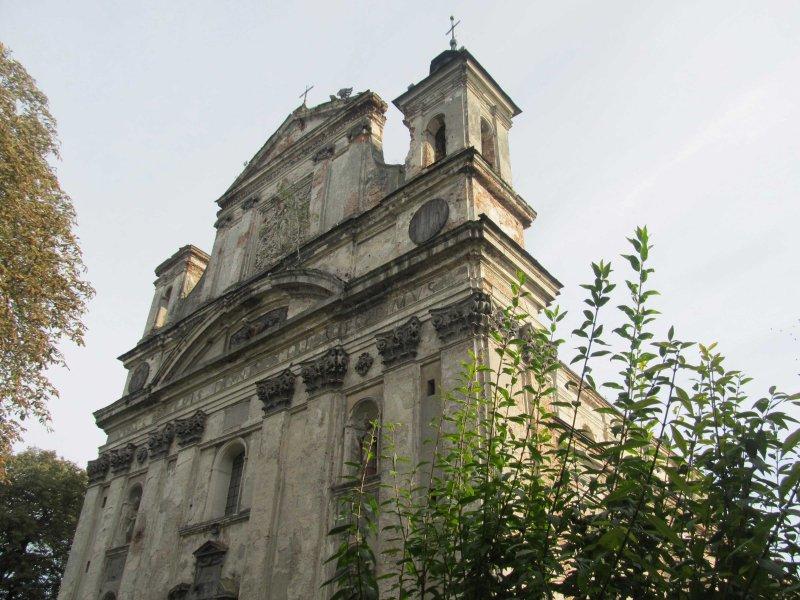 В Олиці поляки  реставрують костел